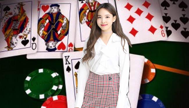 Menebak Kartu Lawan Main Judi Poker Online